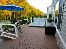 premium deck with with Jacuzzi tub